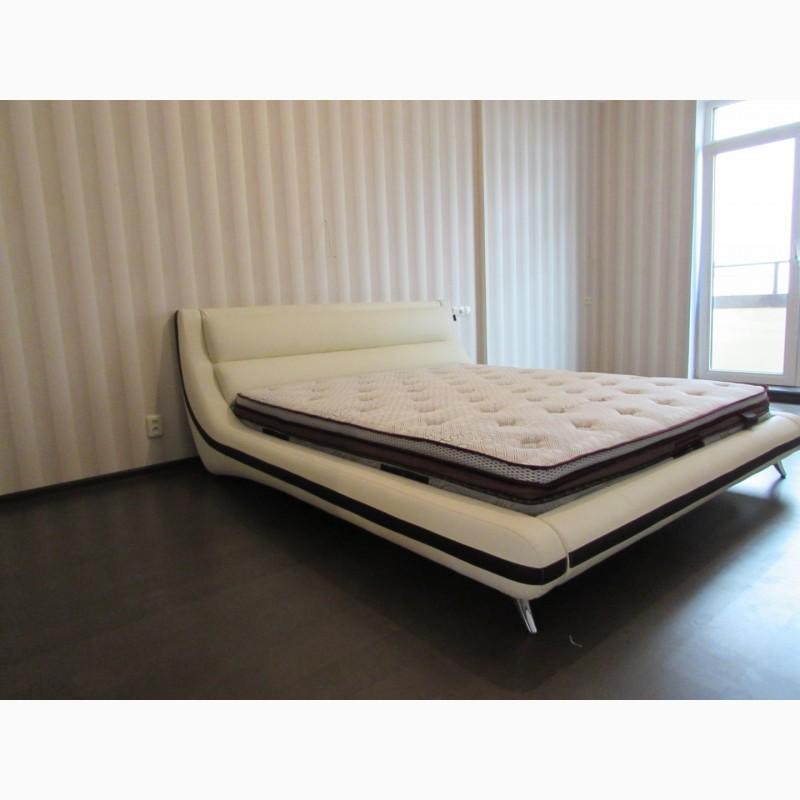 Фото 3. Продам кровать двуспальную