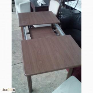 Продам розкладний стіл бу