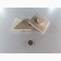 Заглушка квадратна дерев#039;яна Піраміда