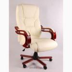 Офисное кресло руководителя Кардинал, бежевое