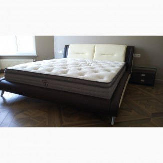 Двуспальная кровать, цвета комбинированные