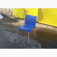 Стулья бу на летнюю площадку пластиковые, уличная бу мебель
