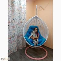 Прочное красивейшее плетеное кресло кокон
