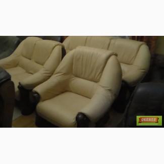 Продаються шкіряні меблі комплект 3,2,1