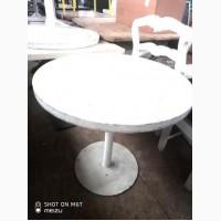 Стол круглый б/у нога металл белого цвета