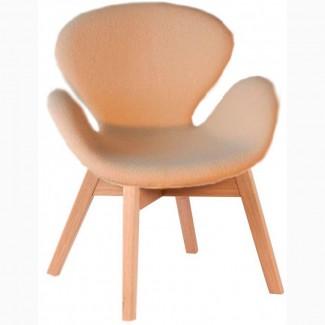 Мягкое кресло серое для отдыха Сван вуд Армз, ножки дерево