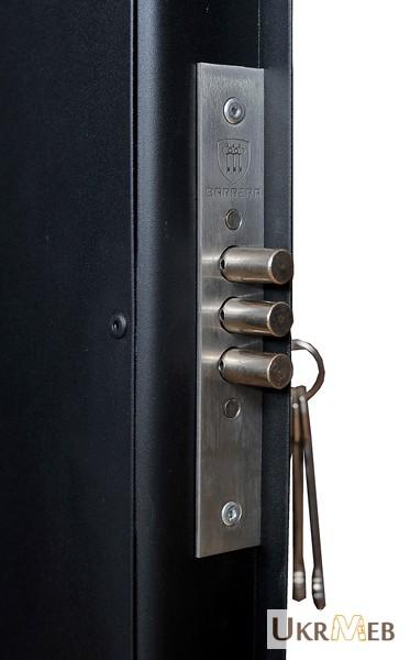 Фото 2. Оружейный сейф 1370 мм высотой на 3 ружья