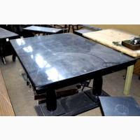 Стол деревянный б/у черного цвета
