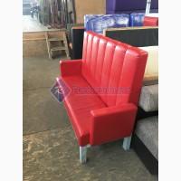 Продажа диванов б/у с подлокотниками для кафе из красного кожзаменителя