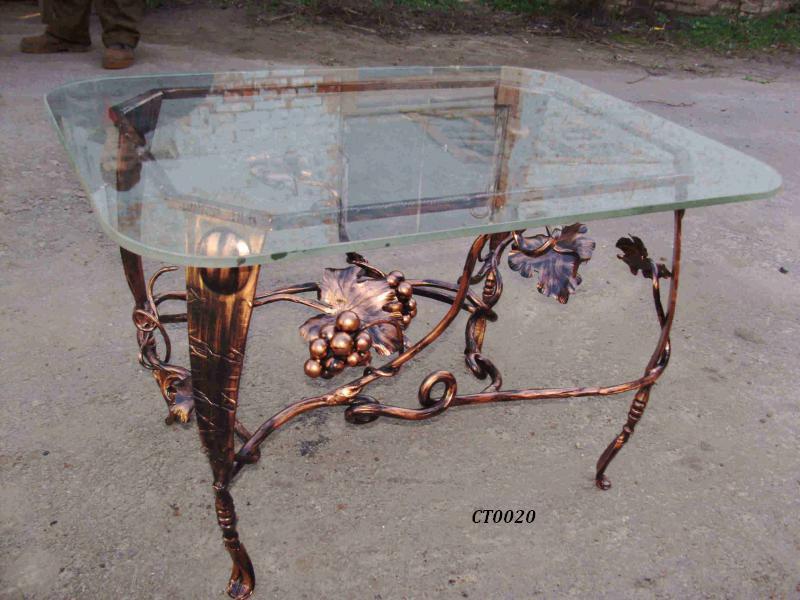 Фото 2. Кованый кофейный стол