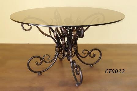 Фото 3. Кованый кофейный стол