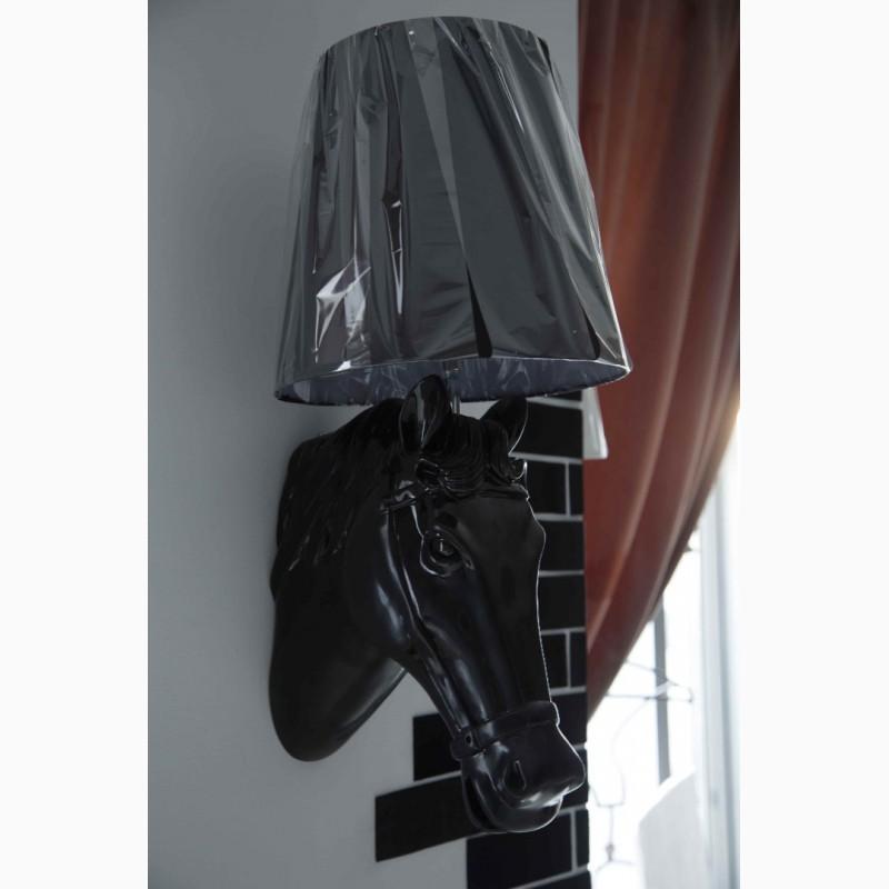 Фото 2. Бра «Голова лошади» – правильный выбор для вашей гостиной, прихожей, офиса, салона