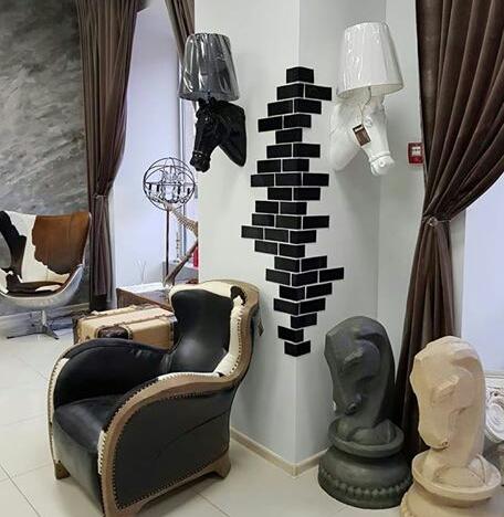 Фото 3. Бра «Голова лошади» – правильный выбор для вашей гостиной, прихожей, офиса, салона