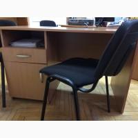 Столы офисные с встроенной тумбой, б/у, качественные, в отличном состоянии