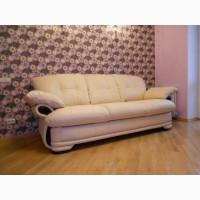 Продам кожаный трехместный диван Ливерпуль с матрацем