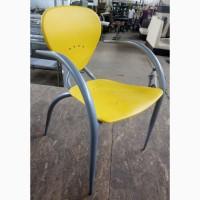 Дизайнерський стілець БУ для кафе, жовтий