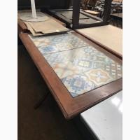 Продам бу стол деревянный с плиткой