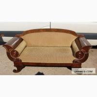 Антикварная мягкая мебель