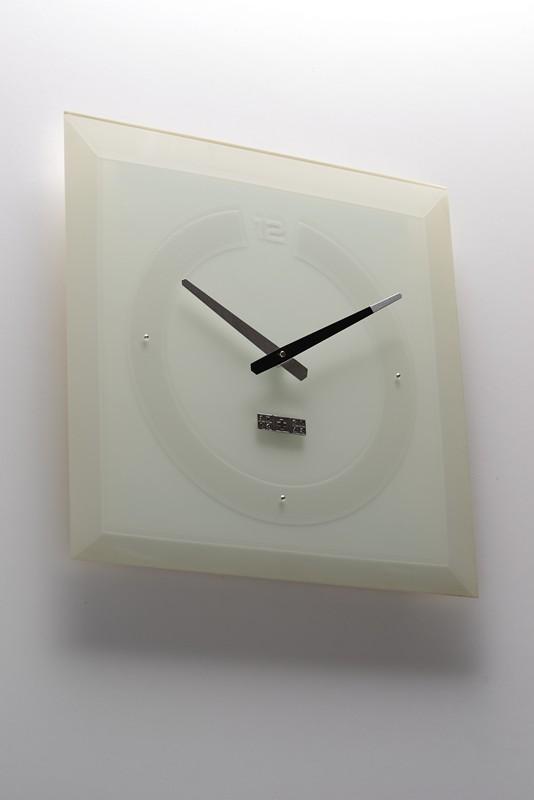 Фото 4. Продам часы стеклянные