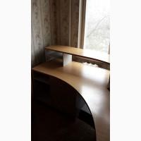 Стол - стойка администратора