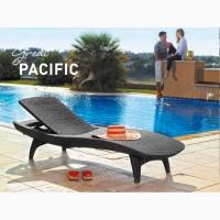 Шезлонги пляжні пластикові, штучного ротанга для басейнів, для дому, для дачі
