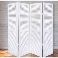 Решетчатые деревянные двери в гардеробную, тамбур, санузел