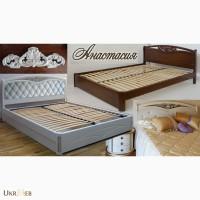 Надежная двуспальная кровать Настасья с резьбой в изголовье из массива ясеня