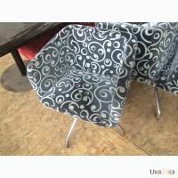 Продам крутящиеся кресла бу для кафе